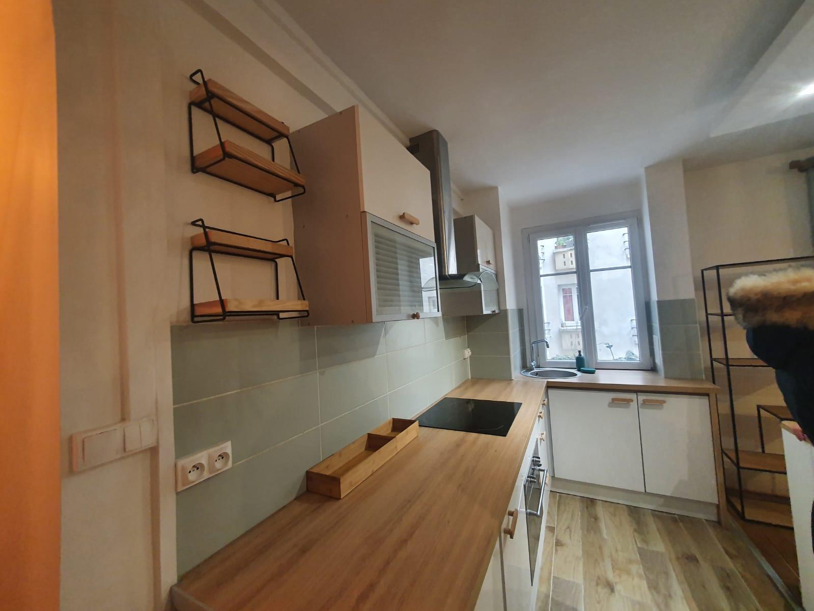 Appartement - 2ème étage - 47,08 m2 - 2 pièces - Meublé