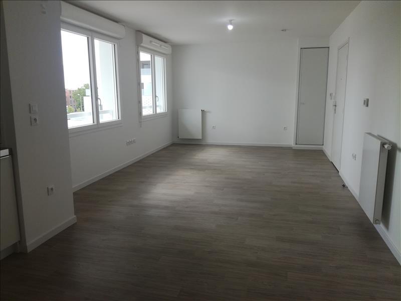 Appartement - 4ème étage - 35 m2 - 1 pièce - Vide